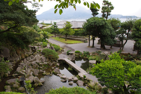 仙巌園から臨む櫻島(今日も噴火した)