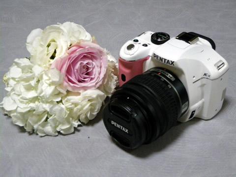 PENTAX K-x に花を添えて