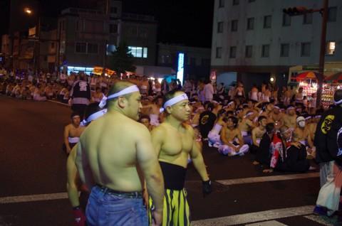 肉体自慢の男たちの祭典