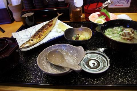 「貝汁定食」貝汁がデカイ!